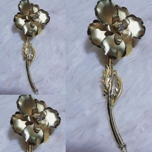 Vintage Long Stem Floral Brooch Pin